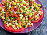 Рецепта Редена салата с розови домати и печени чушки
